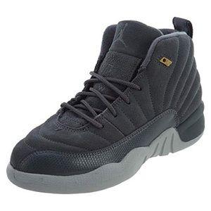 Jordan Retro 12's Grey.